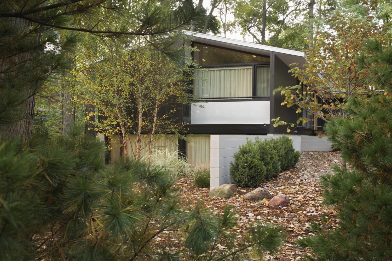 Suburban Ann Arbor >> Devonshire Residence Ann Arbor, MI - Biber